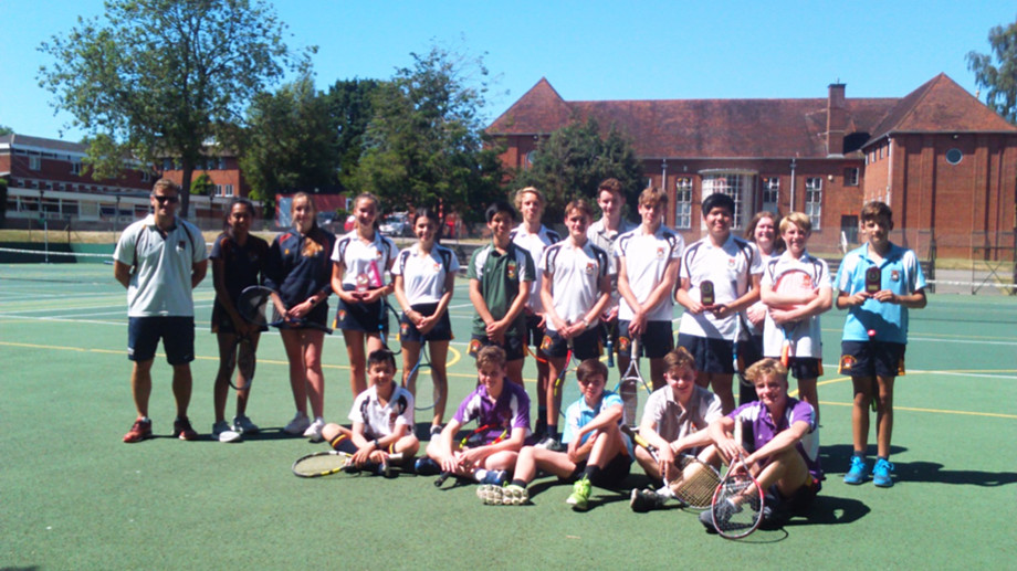 End of season senior school tennis team