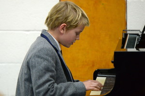 Pianist in Form Two Concert