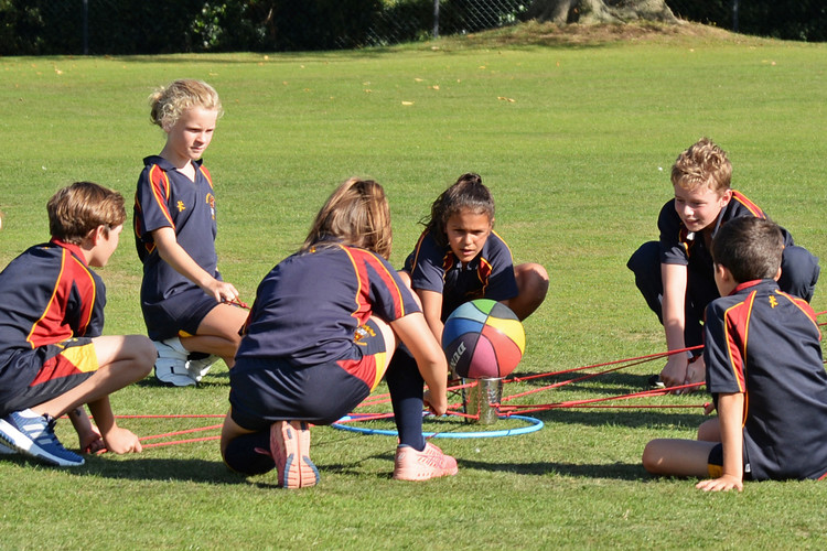 Prep School working together for L3rd teambuilding day