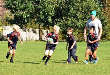 Rugby coaching session for Prep School with Russell Earnshaw