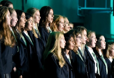 Senior School Tunes In to House Music