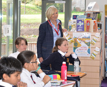 Pauline Mullender in Prep School Library Curiosity Club presentation