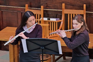 Yuki & Inez perform in United Reformed Church 2019