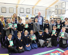 Chris Riddell with book club during Festival of Literature 2019