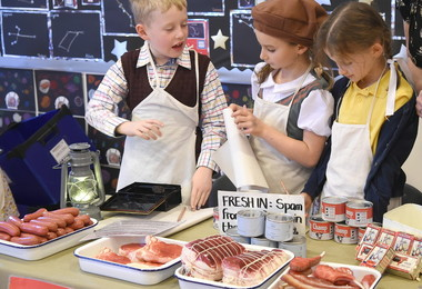Year 2 pupils on market stall for World War II day