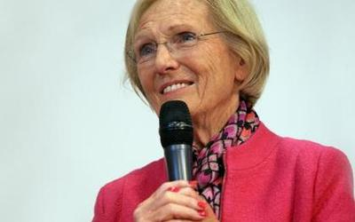 Mary Berry to open new food technology room for Chesham Grammar School's 70th anniversary celebrations