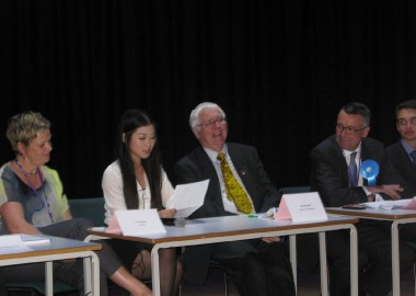question-time-hustings-at-crgs