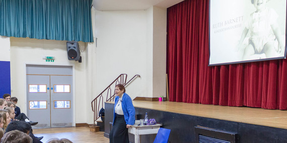 Court Moor Welcomes Survivor from the Holocaust Educational Trust