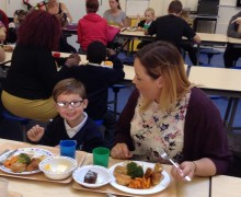 New pupils share lunch with their families