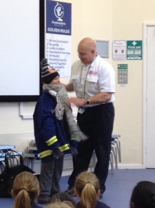 Learning how to stay stafe on bonfire night (4)