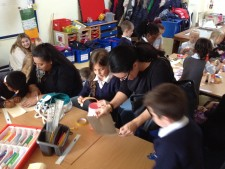 Pupils in Year 2 share Sukkot with thier families (6)