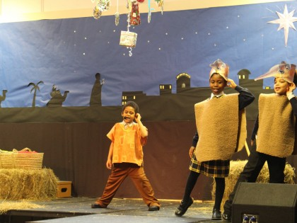Christmas Nativity Y3R and Y2B
