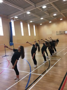 Dance y9 wayne mcgregor movement
