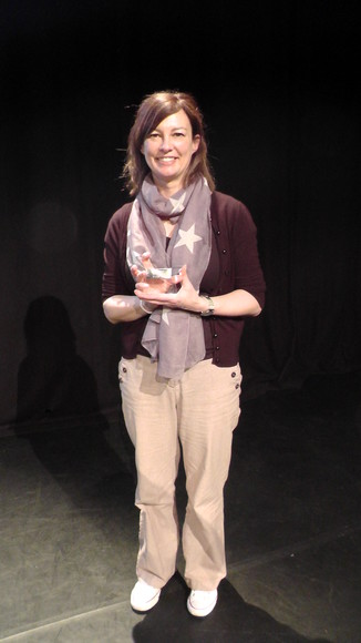 Lisa Thompson with her award