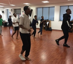 'Avant Garde' Lead Professional Dance Workshop for Year 9
