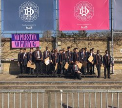 Dulwich Hamlet Help Year 9 With Coursework