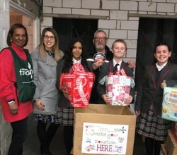 HAR Students Donate Hundreds of Items to Local Foodbank