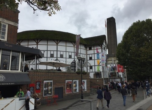 Year 11 see Much Ado about Nothing at The Globe
