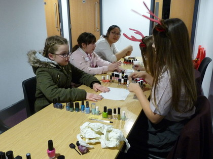 2016 Year 9 organised Girls Night In for Year 6