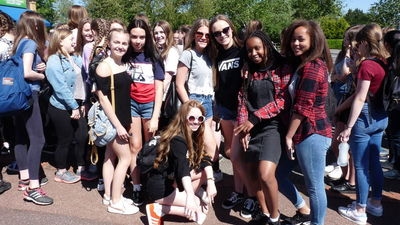 Year 9 Rewards Visit to Thorpe Park