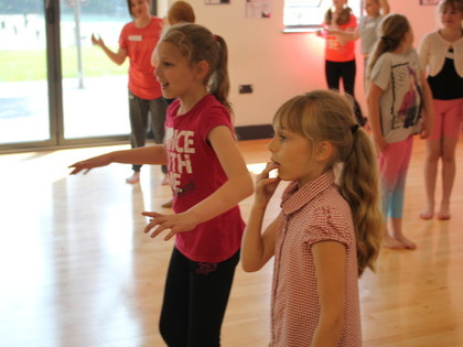 2018 Year 5 Dance Workshop