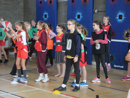 2015 Year 5 Students attend a PE workshop