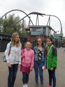 2015 school choir thorpe park october 4