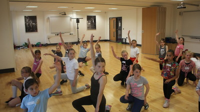 Year 5 Dance Familiarisation Workshop