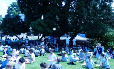 Prep School Pizza on the lawn