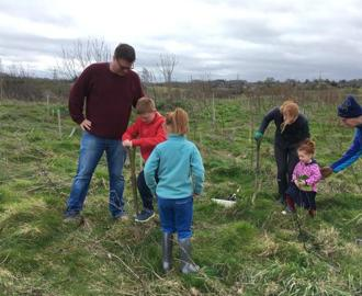 Kingshott tree planting March 2020 (20)
