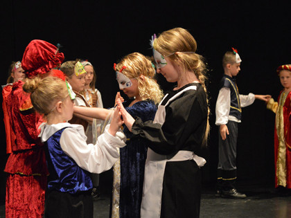Young actors take to professional stage